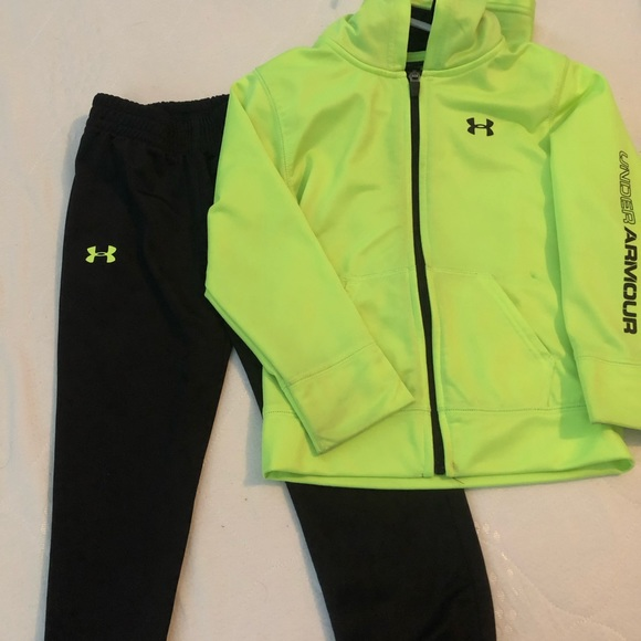 Under Armour Other - Toddler size 4 Under Armour set